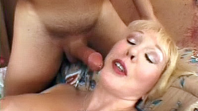 Huge-chested Mature Jacks A Huge Jizz-shotgun